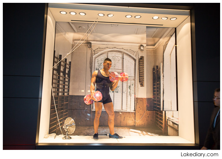 hermes window display Vogue's Fashion Night Out