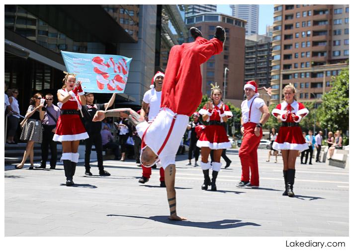 Santa Flash Mob