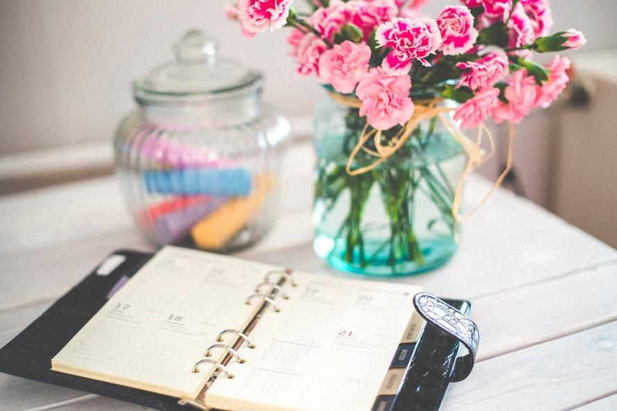 flowers-desk-office-vintage-large