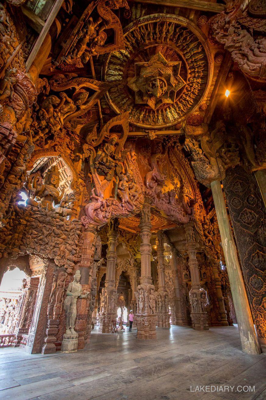 Sanctuary of Truth Pattaya Thailand-006