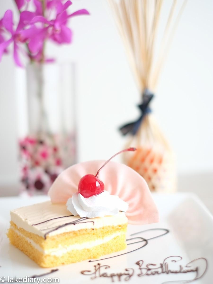Birthday Cake Bangkok