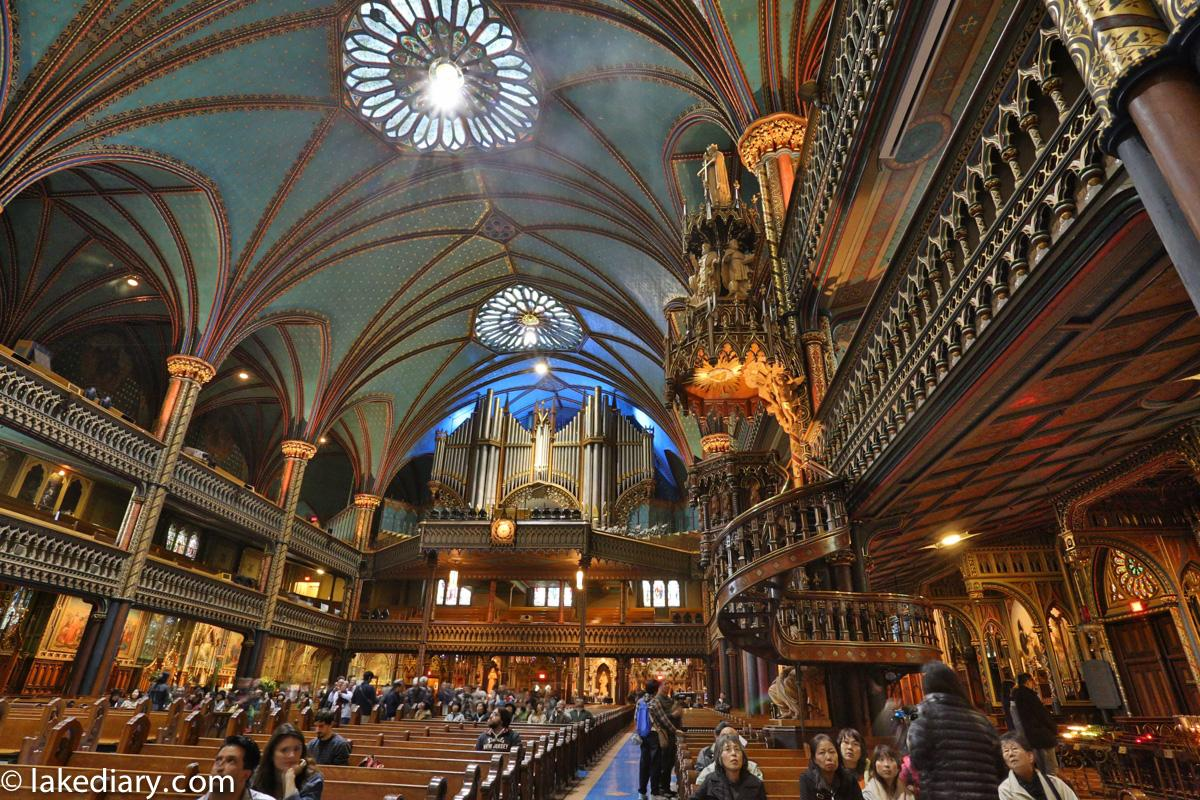 notre-dame-basilica-of-montreal-8