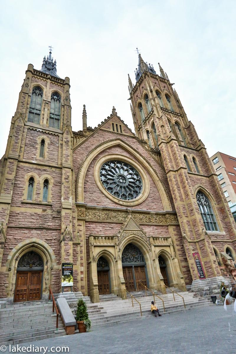 st-james-united-church-montreal