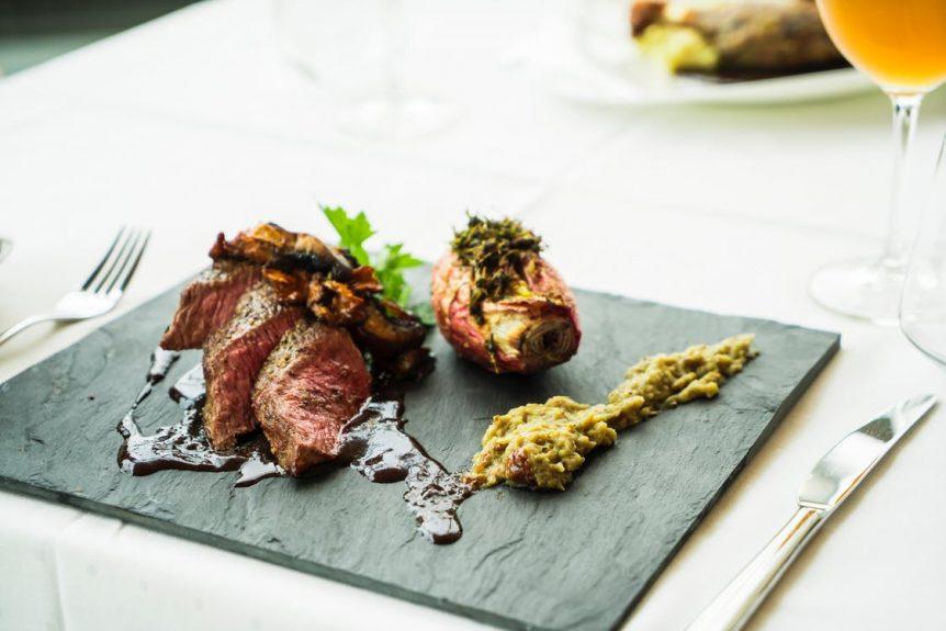 serving steak